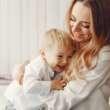 10 zachowań typowych dla młodej mamy